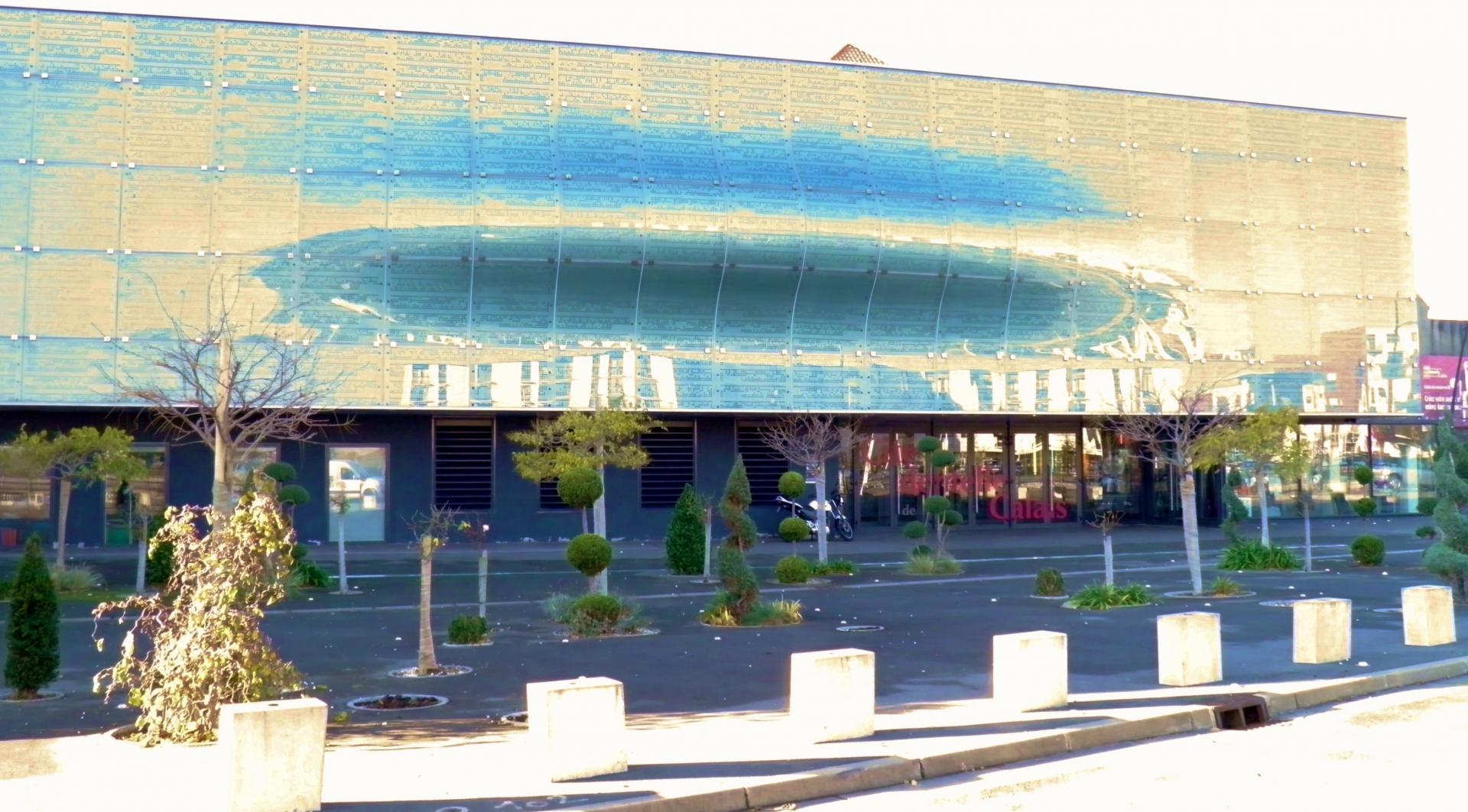 Calais entree cite musée de la dentelle calais